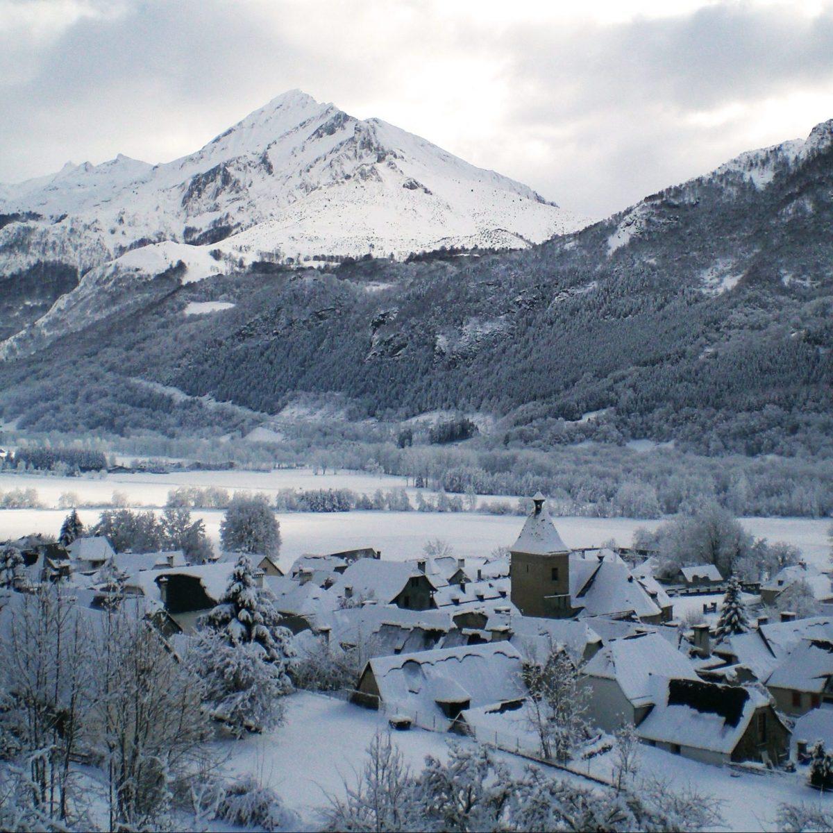 Vue sur la vallée - Hautes Pyrénées